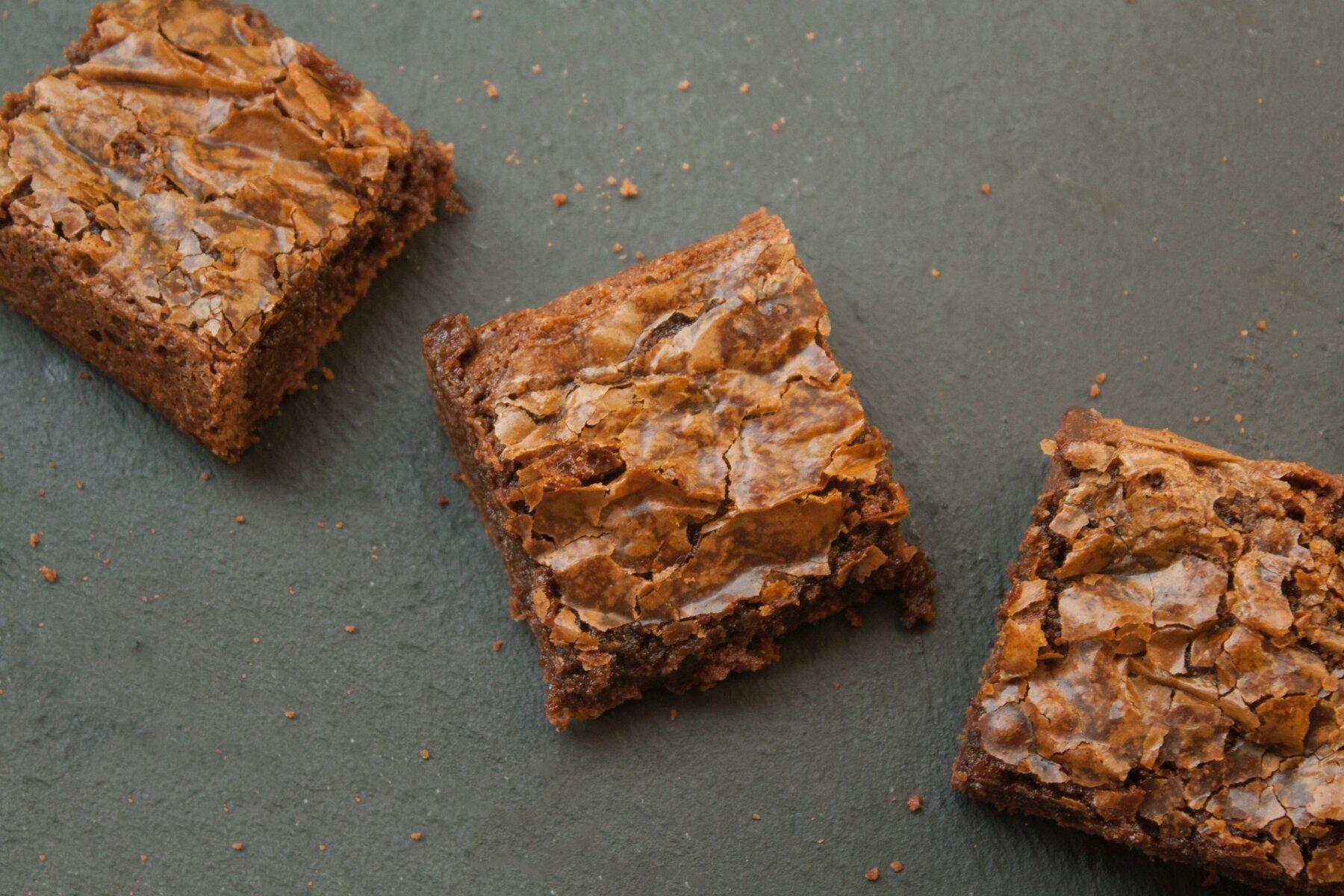 Brownie met kikkererwten - peulvruchten.nl