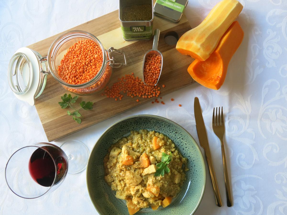 Pittige rode linzen curry met pompoen